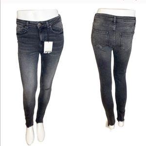 Zara NWT Gray Distressed Raw Hem Skinny Jeans- 4